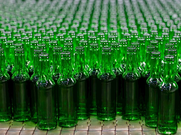 Carlsberg to trial glass bottles with up to 90 per cent lower carbon impact